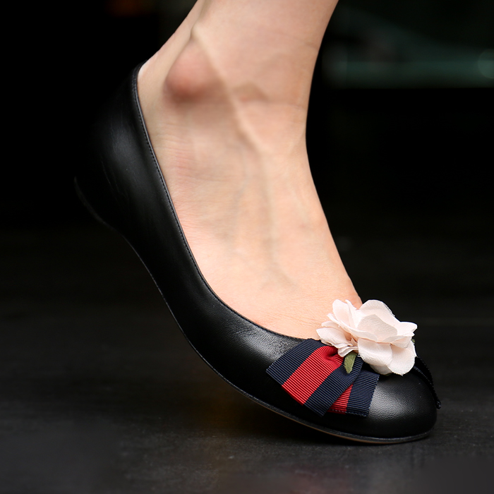 453432 CQXS0 1061 <br> Gucci女士芭蕾舞鞋(bk)