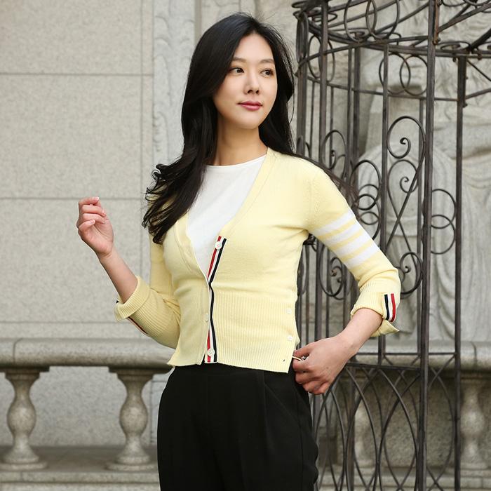 20SS FKC001A 00011 <BR> 선斜袖女式开衫(LY)