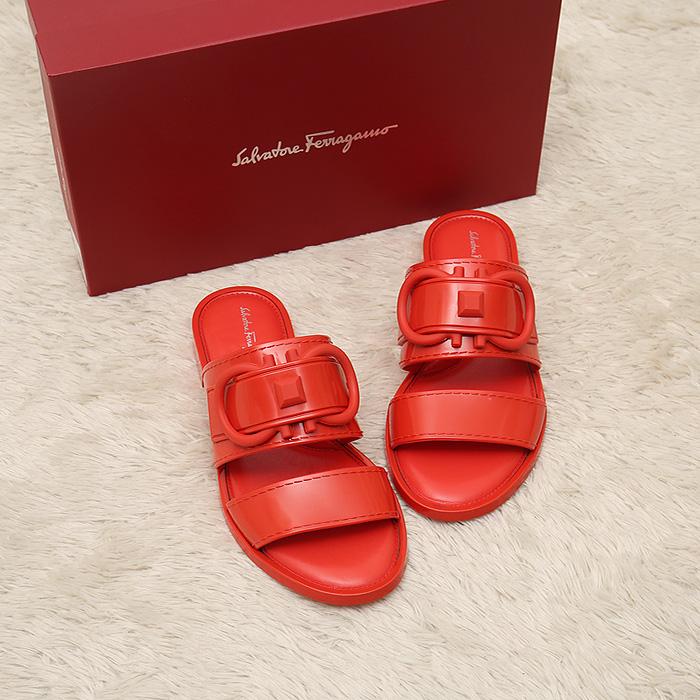20SS 035588 TARYN <BR> Gancini果冻鞋(RE)