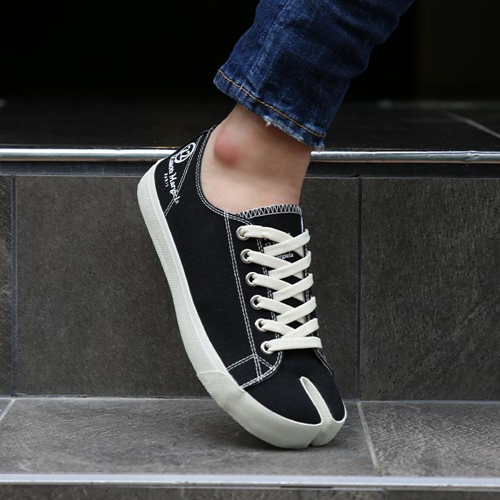 20FW S57WS0252 P1875 <BR>塔比匡威胶底帆布鞋(BK)
