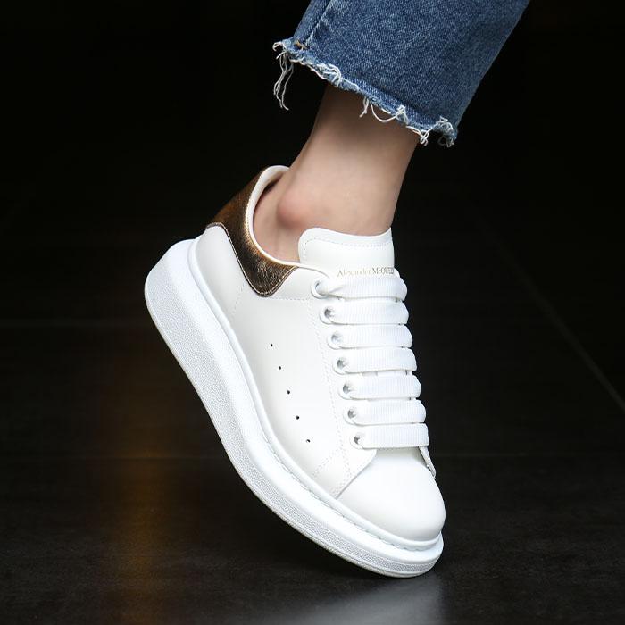 20FW 553770 WHFBU 9075 <BR> Oversol女式运动鞋(WH)
