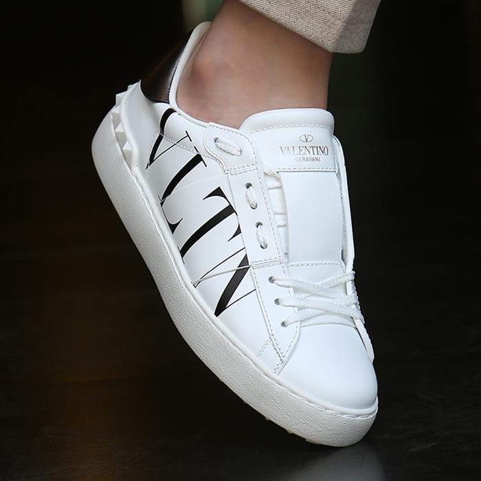 20FW UW2S0781.PST <BR> VLTN图标隐藏的女士胶底帆布鞋(WH)